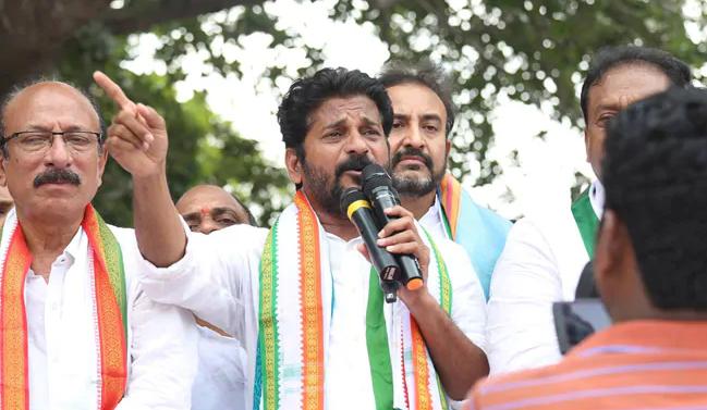 Revanth Reddy explains why KCR neglecting Harish Rao | Telugu Bulletin