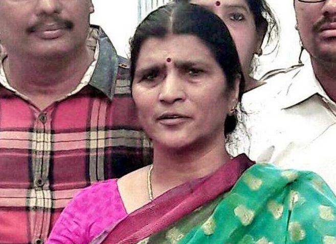 Lakshmi Parvathi Lashes Out At Naidu, Tdp Helpless!