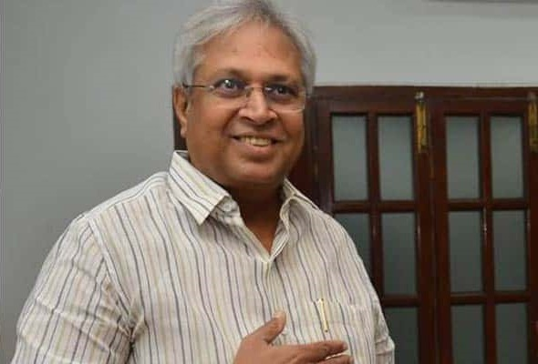 Then Ntr, Now Jagan- Undavalli