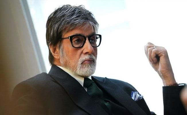 Amithab Bachchan Warned, Fans Worried!
