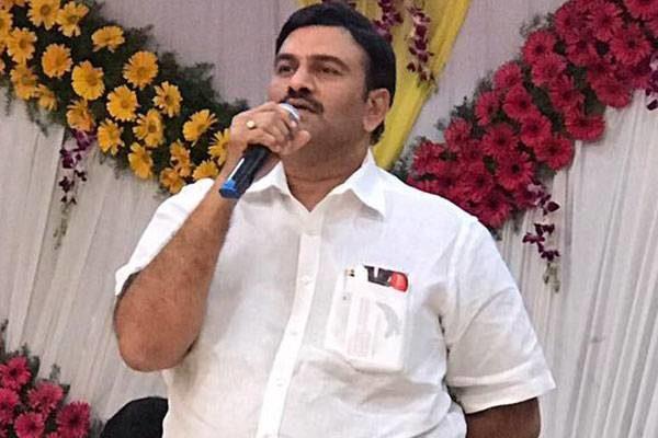 Shocking: Ysrcp Leader In Support Of Telugu
