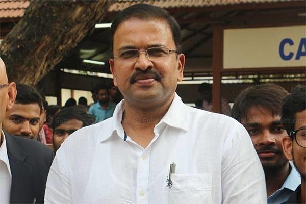 Jd Resigns Janasena! Wake Up Call For Pawan Kalyan?