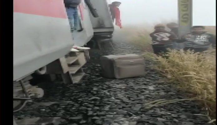 7 Coaches Of Lokmanya Tilak Express Derailed, Many Injured