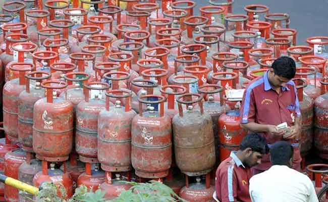 Lpg Cylinder To Shock Indian Middle-class