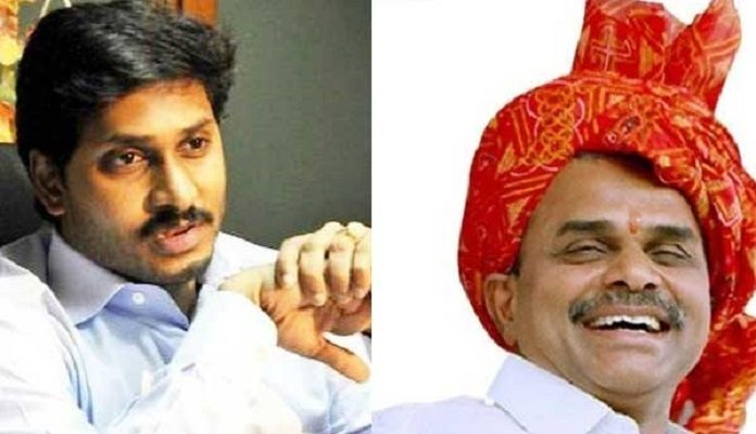 'big Difference' Between Ysr And His Son Ys Jagan
