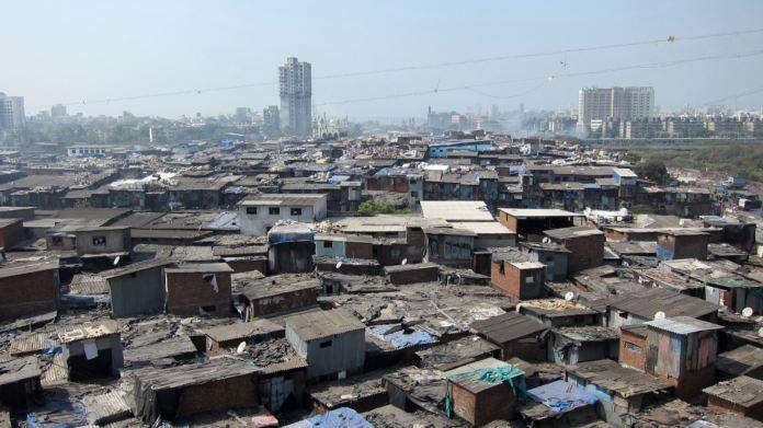 Asia's Largest Slum Dharavi Creating Tension In India