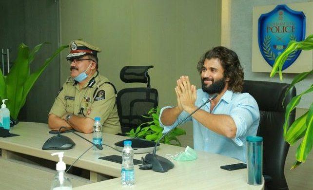Criticism Over Vijay Devarakonda's Interaction With Police