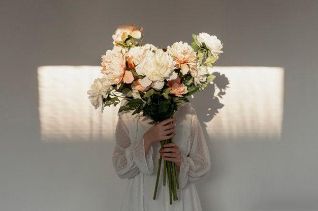 Why Film Folks Should Always Gift Flowers