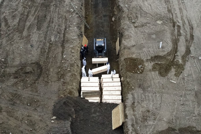 Italy Scenario Repeating In Usa – Mass Graves In New York