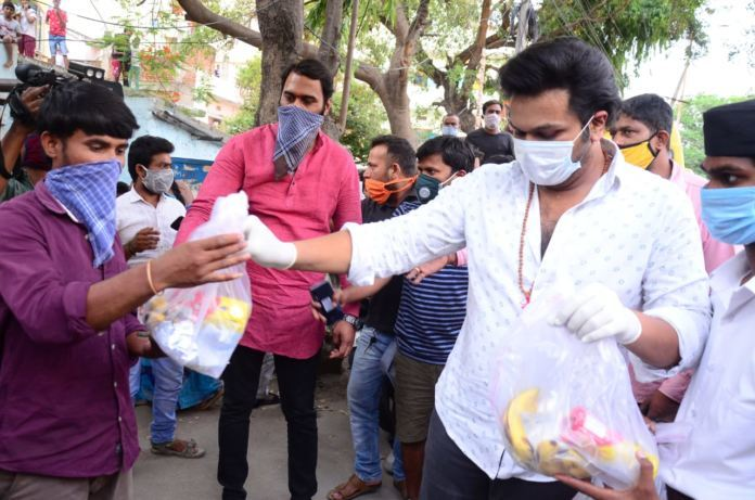 Manchu Manoj Comes To The Rescue Of Stranded Migrants