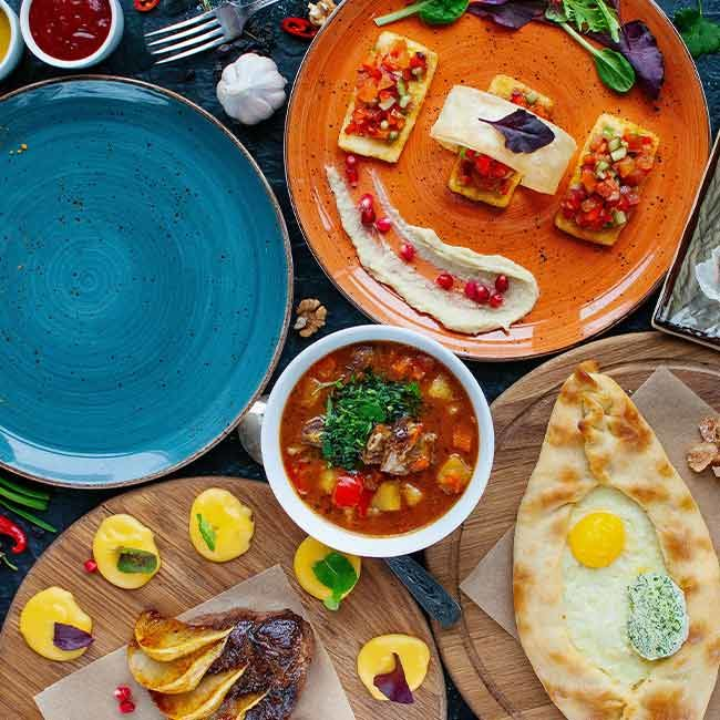 A Jodhpur Restaurant's Outlandish Corona-themed Dishes Attract Customers