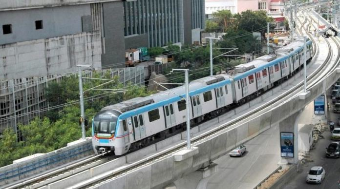 Here's What You Need To Know Before Commuting Via Hyderabad Metro Rail