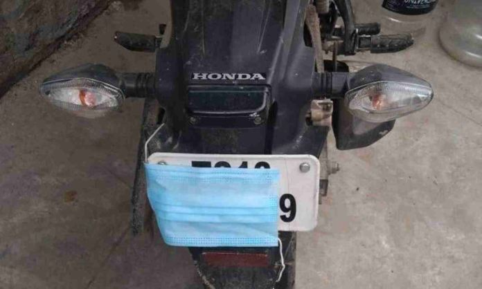 Bikers Conceal Number Plates With Face Masks In Hyderabad!