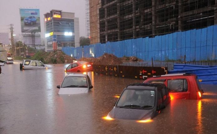 Hyderabad: The Cosmopolitan With Roads Worse Than Rivers