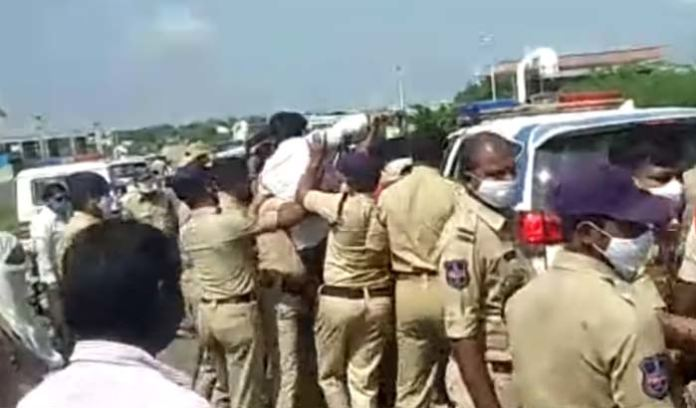 Opposition Party Leaders Arrested While Trying To Visit Kalwakurthy Project
