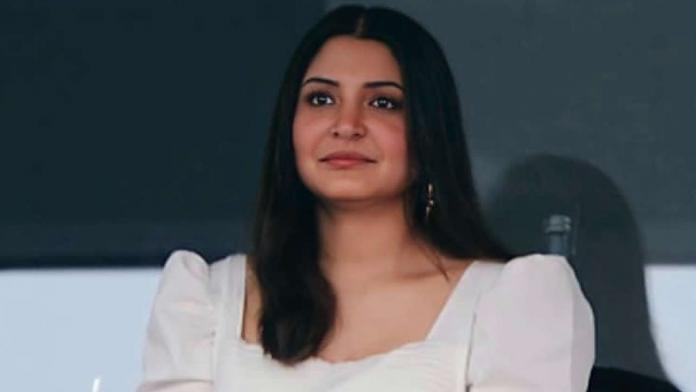 Anushka Raises Her Voice Against Shutterbugs For Invading Her Privacy