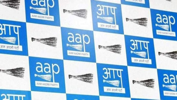 Aap Sends Legal Notice To Few Bollywood Actors And Politicians On Behalf Of Farmers