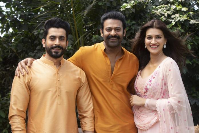 Kriti Sanon & Sunny Singh On Board For Prabhas' Adipurush