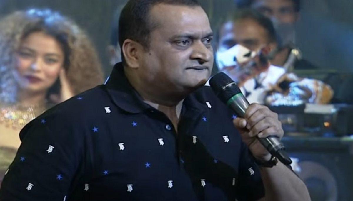 Bandla Ganesh's trademark comments on Pawan Kalyan at Vakeelsaab Prerelease  Event   TeluguBulletin.com