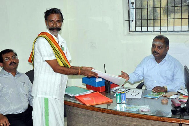 Election King Padma Rajan contested 218 times in elections!