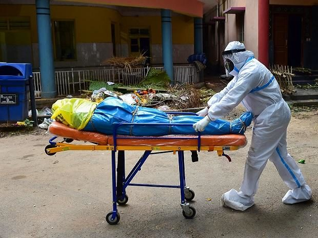 Telangana reports 749 deaths per day, highest in GHMC