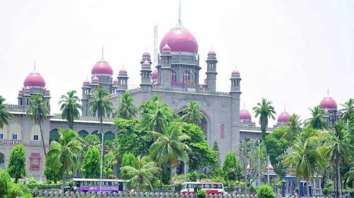 T'gana HC outraged on state govt for not implementing its directives to curb COVID-19