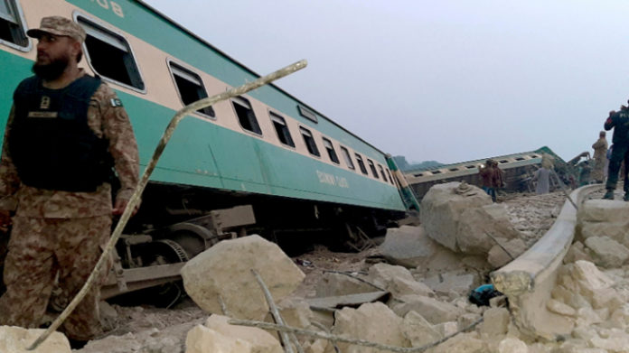 30 Killed, Over 50 Injured After Two Trains Collide In Pakistan